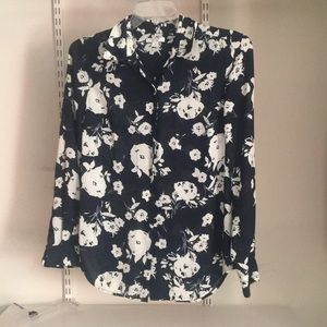 Nautica long sleeve button blouse floral pattern
